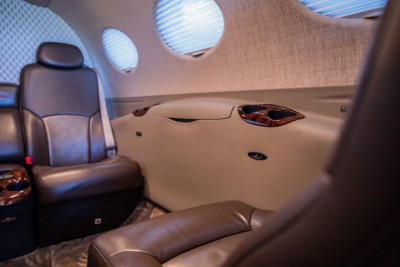 2012 Cessna Citation Mustang: Interior, side console