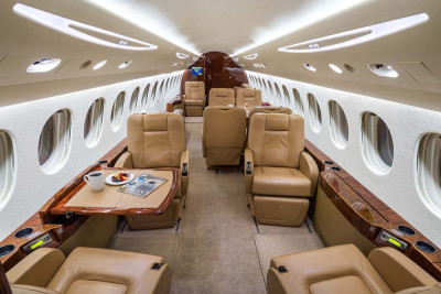 2008 Dassault Falcon 7X: Forward to Aft