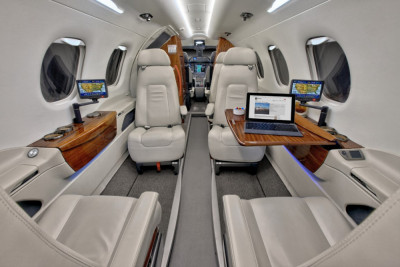 2011 Embraer Phenom 300: Forward Club