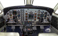 2001 Beechcraft King Air B200: Cockpit View
